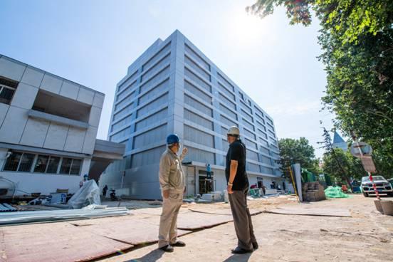 河钢唐钢定制生产钢铁材料助力新基建重点项目